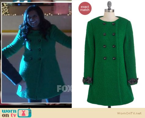 Mindy Project Fashion: ModCloth The Kids are All Bright coat worn by Mindy Kaling