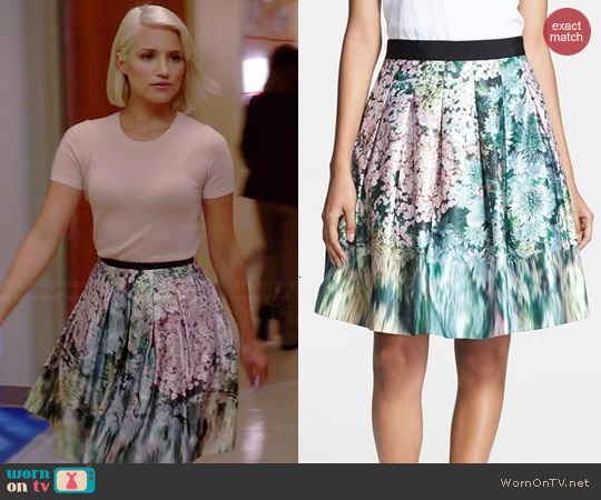 WornOnTV Quinns Blush Pink Short Sleeve Sweater And Floral Skirt On Glee