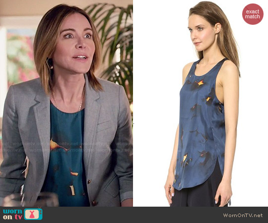 3.1 Phillip Lim Off the Wall Tank worn by Christa Miller on Cougar Town