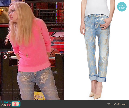 7 For All Mankind The Cropped Relaxed Skinny Jeans in Gold Fossil Leaf worn by Dove Cameron on Liv & Maddie