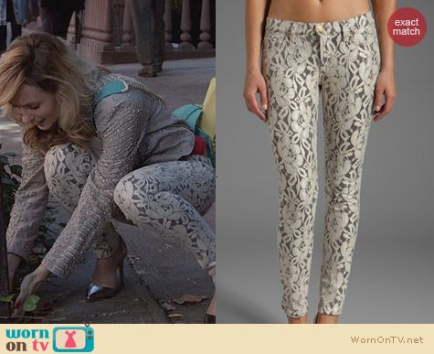 7 For All Mankind Skinny Lace Orchid Jeans worn by Lindsey Gort on The Carrie Diaries