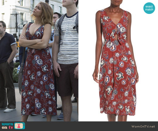 ASTR Tie Front Midi Dress worn by Sarah Hyland on Modern Family