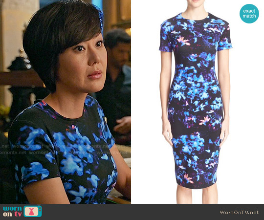 Alexander McQueen Floral Print Body-con Dress worn by Yunjin Kim on Mistresses