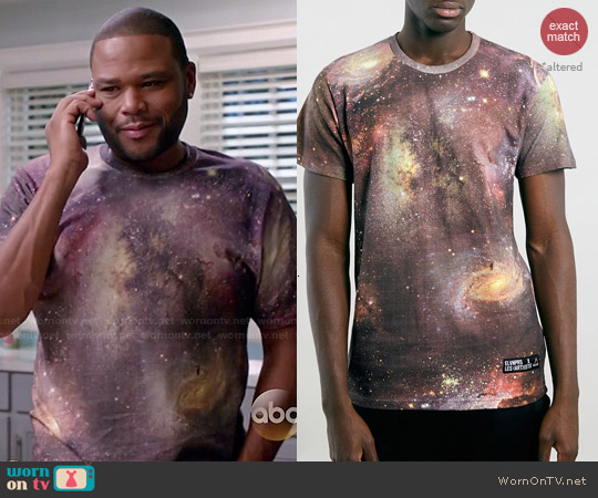 Eleven Paris x Les(Artist) Back Number T-shirt worn by Anthony Anderson on Blackish