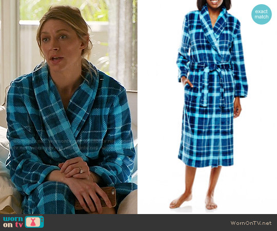 JC Penney Jasmine Rose Plaid Print Wrap Robe worn by Jes Macallan on Mistresses