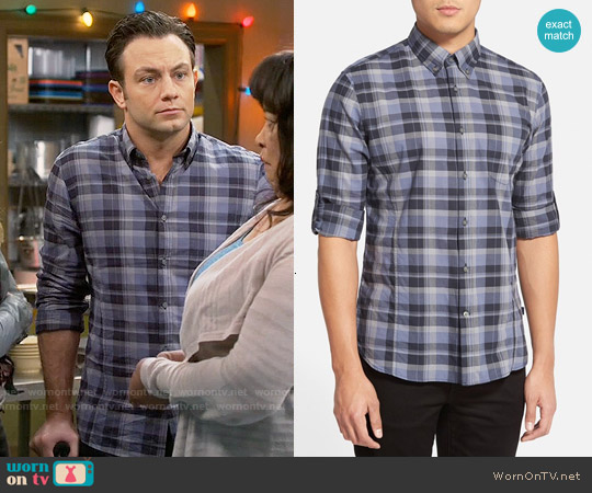 worn by Josh Kaminski (Jonathan Sadowski) on Young & Hungry