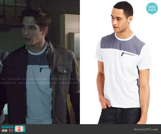 Kenneth Cole Reaction Chambray Crew-Neck T-Shirt worn by Tyler Posey on Teen Wolf