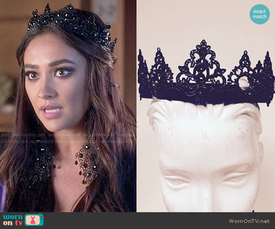 Marianna Harutunian Emily Crown worn by Shay Mitchell on PLL