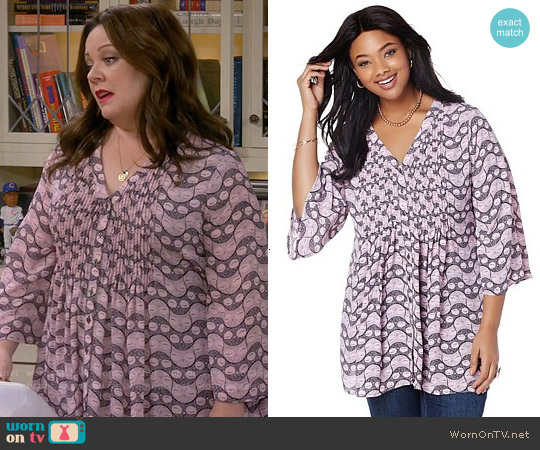 Melissa McCarthy Seven7 Bell-Sleeve Pintuck Blouse worn by Melissa McCarthy on Mike & Molly