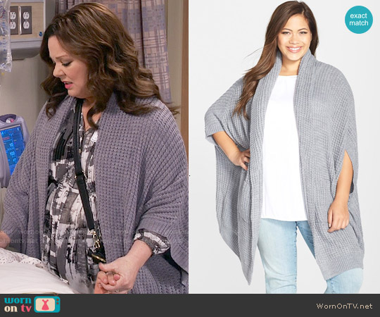 Melissa McCarthy Seven7 Chunky Texture Cardigan worn by Molly Flynn on Mike & Molly