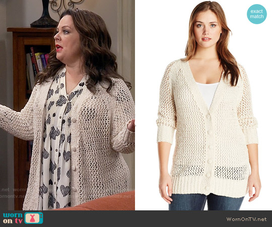 Melissa McCarthy Seven7 Boyfriend Open Weave Cardigan worn by Molly Flynn on Mike & Molly