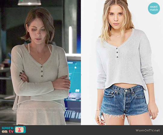 Mouchette Cropped Henley Top worn by Willa Holland on Arrow