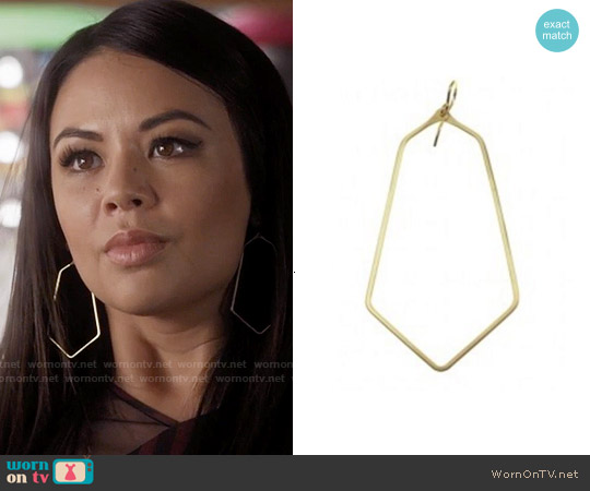 Nashelle Teardrop Hexagon 'Omni' Hoop Earrings worn by Mona Vanderwaal on PLL