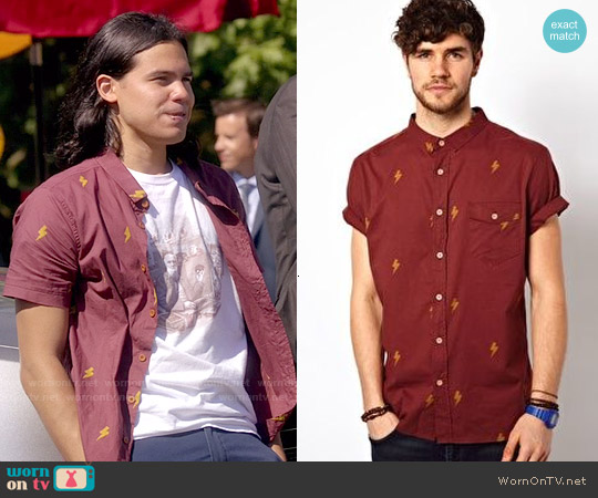 The Critical Slide Society Bolt Print Shirt worn by Carlos Valdes on The Flash