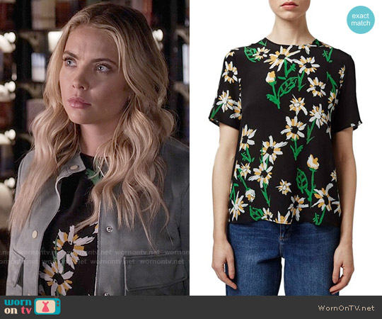 Topshop Daisy Print Silk Tee worn by Ashley Benson on PLL