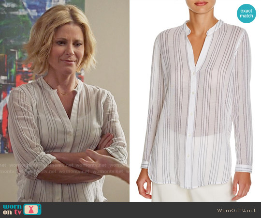 Vince Sheer Striped Shirt worn by Julie Bowen on Modern Family