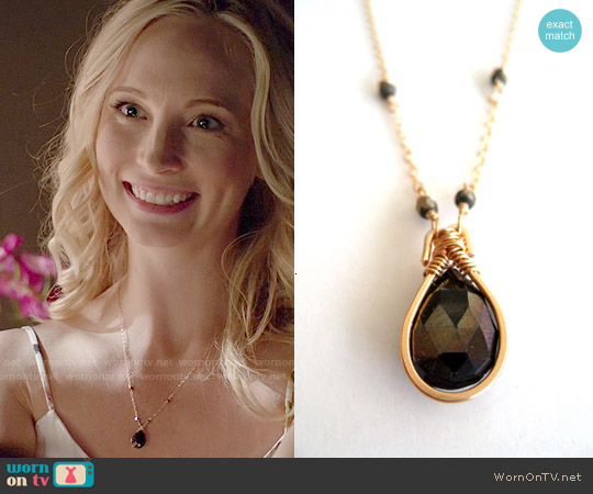 Vitrine Spinel Gemstone Necklace worn by Caroline Forbes on The Vampire Diaries