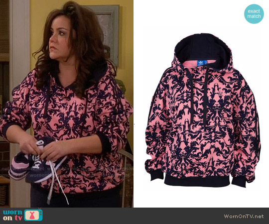 Adidas Pink Baroque Hoodie worn by Katy Mixon on Mike & Molly