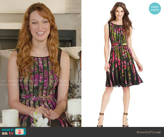 Adrianna Papell Fractured Floral Dress worn by Breeda Wool on UnReal