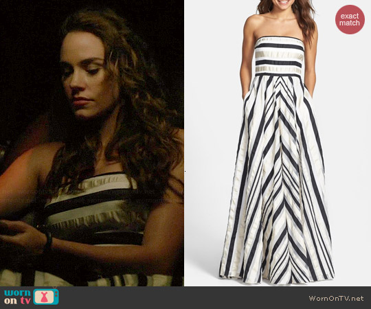 Adrianna Papell Ribbon Striped Strapless Dress worn by Christa Allen on Revenge