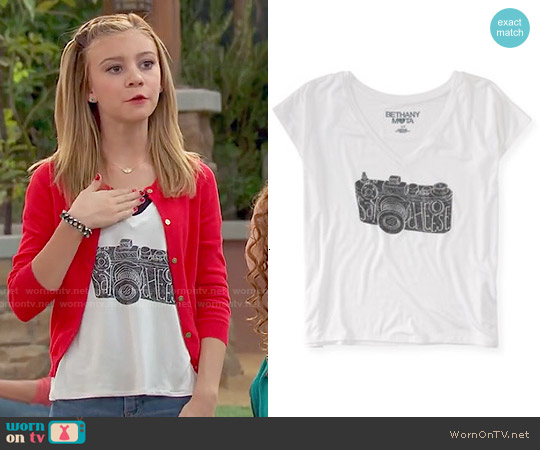 Aeropostale Bethany Mota Say Cheese Camera V-neck Tee worn by G. Hannelius on Dog with a Blog