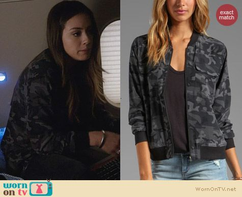 Agents of SHIELD Fashion: Equipment Underground Camo Bomber Jacket worn by Chloe Bennett