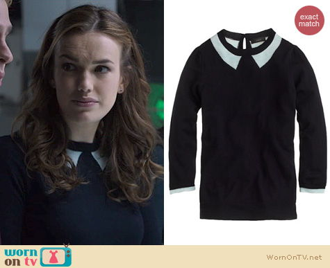 Agents of SHIELD Fashion: J. Crew Tippi Sweater in Trompe L'Oeil worn by Elizabeth Henstridge