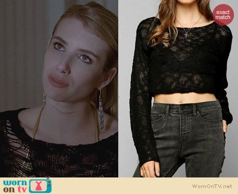 AHS: Coven Fashion: Kill City Boucle Cropped Sweater worn by Emma Roberts