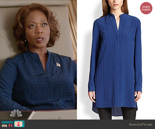 Akris Punto Silk Dot Applique Tunic worn by Alfre Woodard on State of Affairs