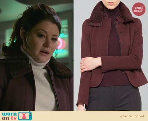 Akris Punto Wool Jacket with Detachable Fur Collar worn by Emilie de Ravin on OUAT