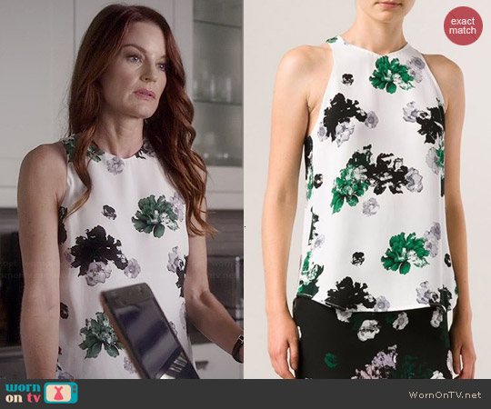 ALC Anise Top worn by Laura Leighton on PLL