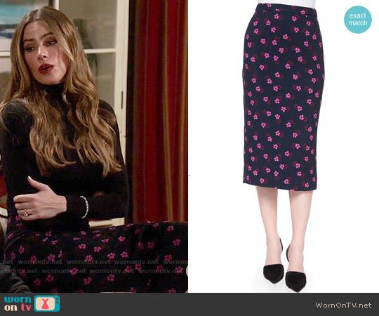 ALC Bell Mallow-Print Midi Pencil Skirt worn by Sofia Vergara on Modern Family