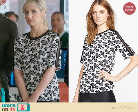 ALC Smith Top worn by Sarah Michelle Gellar on The Crazy Ones