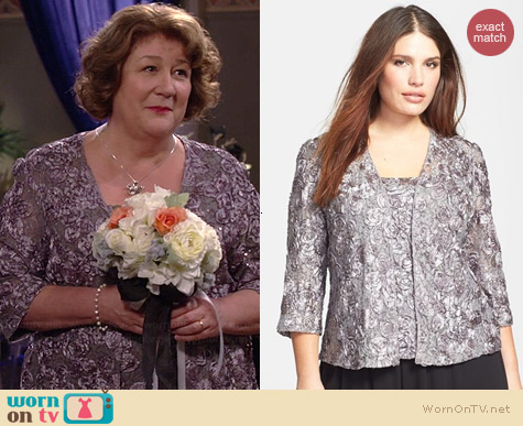Alex Evenings Rosette Twinset worn by Margo Martindale on The Millers