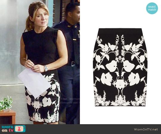 Alexander McQueen Intarsia Skirt worn by Sasha Alexander on Rizzoli & Isles