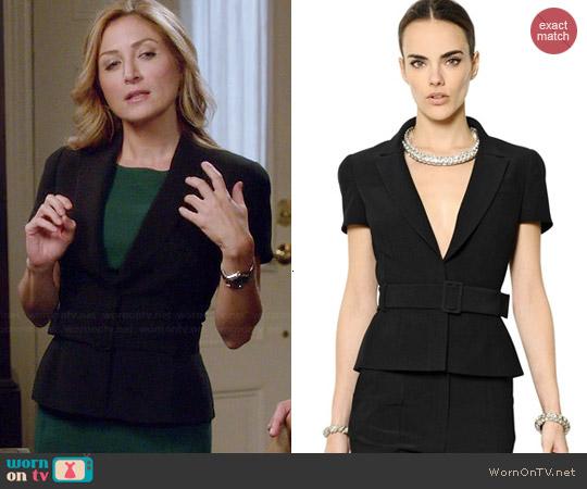 worn by Maura Isles (Sasha Alexander) on Rizzoli & Isles
