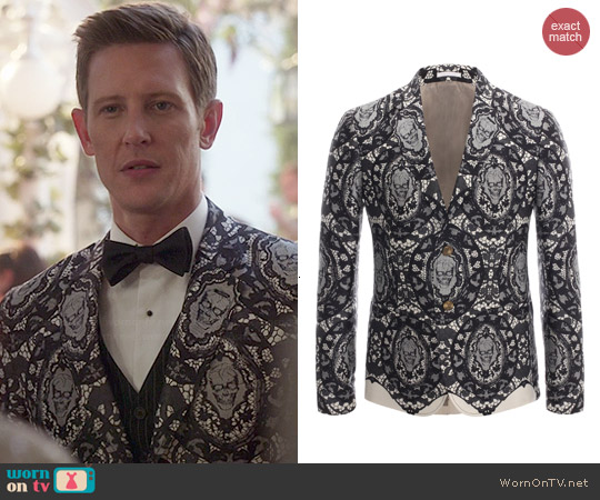 Alexander McQueen Skull Lace Jacket worn by Gabrielle Mann on Revenge