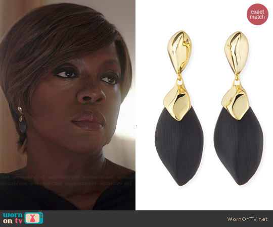 Alexis Bittar Kinshasa Liquid Metal Capped Black Lucite Earrings worn by Viola Davis on HTGAWM