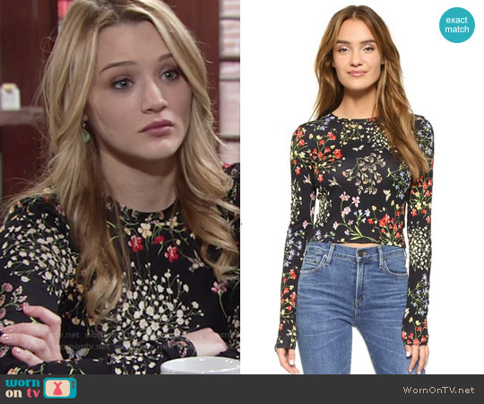 Alice + Olivia Delaina Floral Top worn by Hunter King on The Young & the Restless