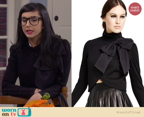 Alice & Olivia Addison Bow Collar Jacket worn by Molly Ephraim on Last Man Standing