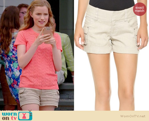 Alice & Olivia Cady Cargo Shorts in Stone worn by Willa Fitzgerald on Royal Pains