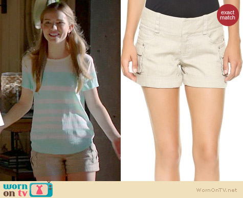 Alice + Olivia Cady Cuff Shorts worn by Willa Fitzgerald on Royal Pains