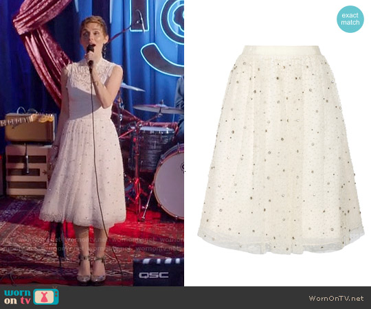 Alice & Olivia Catrina Embellished Tulle Skirt worn by Scarlett O'Connor on Nashville