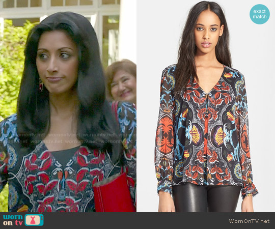 Alice & Olivia Deandra Blouse worn by Reshma Shetty on Royal Pains