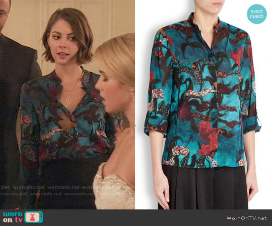 Alice & Olivia Eloise Printed Chiffon Blouse worn by Willa Holland on Arrow