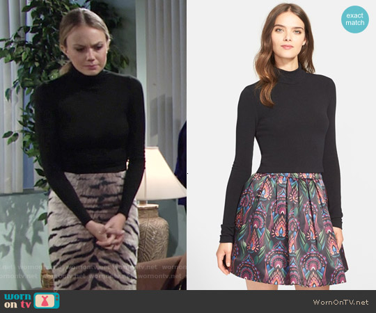 Alice & Olivia Garrison Mock Neck Turtleneck in Black worn by Melissa Ordway on The Young & the Restless