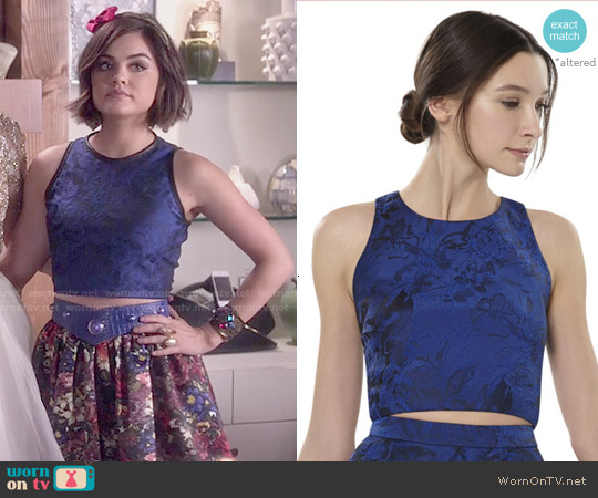 Alice & Olivia Kesten Fitted Crop Top worn by Lucy Hale on PLL