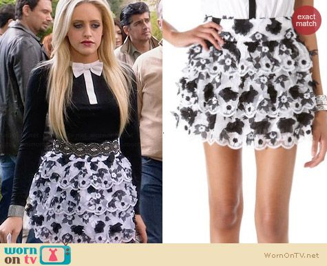 Alice & Olivia Margarita Tiered Skirt worn by Carly Chaikin on Suburgatory