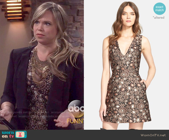 Alice & Olivia Pacey Dress worn by Amanda Fuller on Last Man Standing
