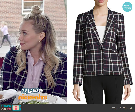 Alice & Olivia Savetta Blazer worn by Hilary Duff on Younger